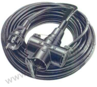Verlängerung mit 3- fach- Verteiler 3 x 2,5 mm² / 10 m
